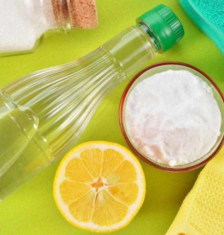 отстирать вино с помощью лимонной кислоты