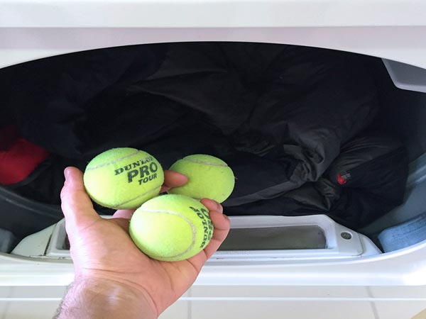 Теннисные мячи для стирки пуховика