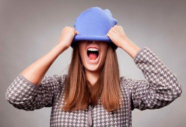 как уменьшить размер акриловой шапки