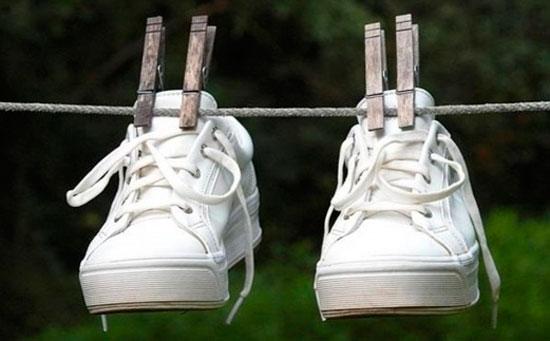 Сушим кроссовки