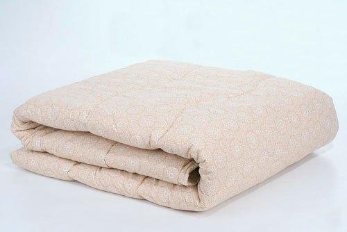 Стеганое одеяло из овечий шерсти